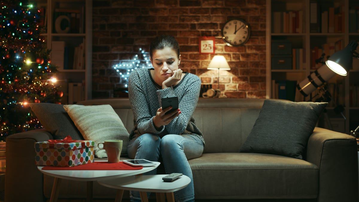 How to Enjoy Spending the Holidays Alone