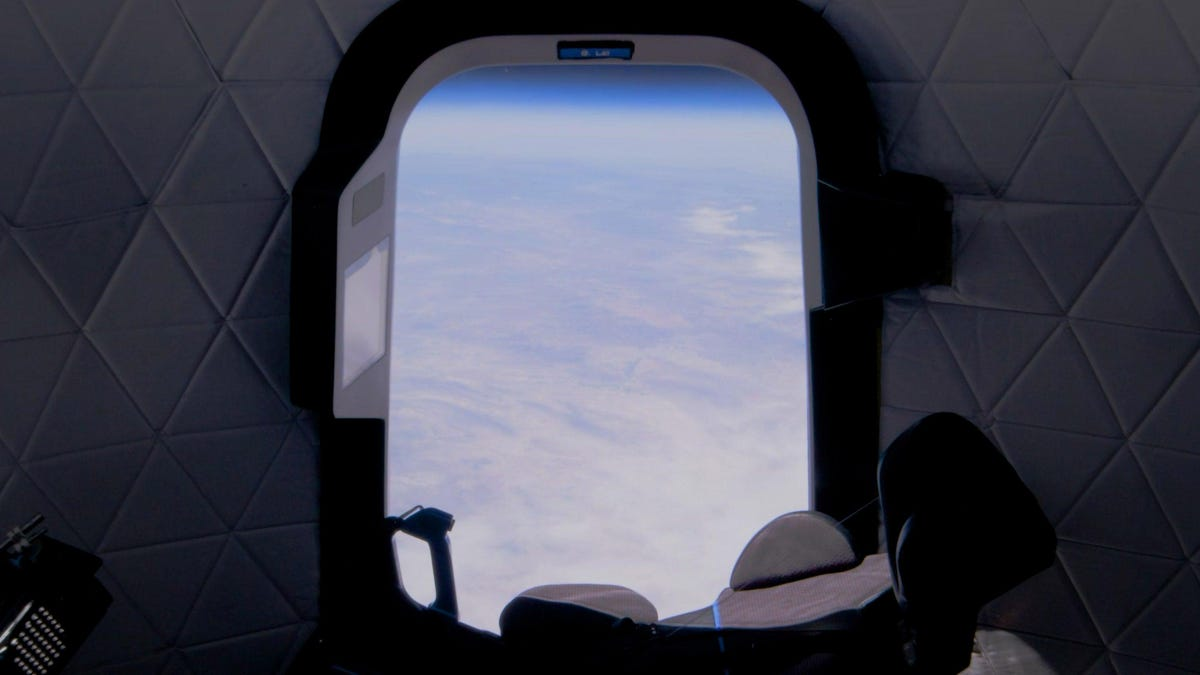 Mystery Bidder Pays $28 Million for Seat on Blue Origin Flight
