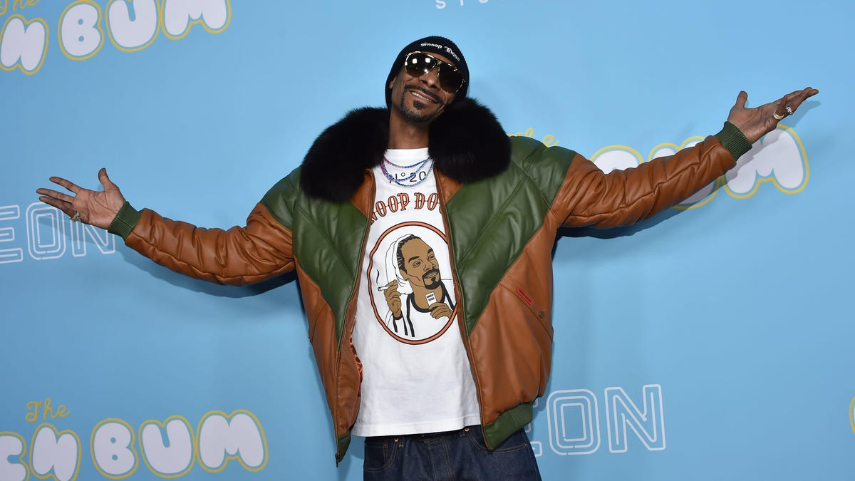 Snoop Dogg not sorry for being Snoop Dogg after college apologizes for booking Snoop Dogg show
