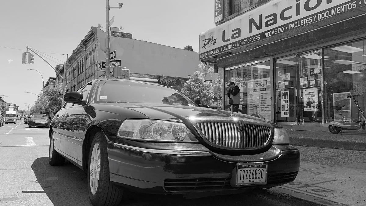 When The Lincoln Town Car Ruled New York