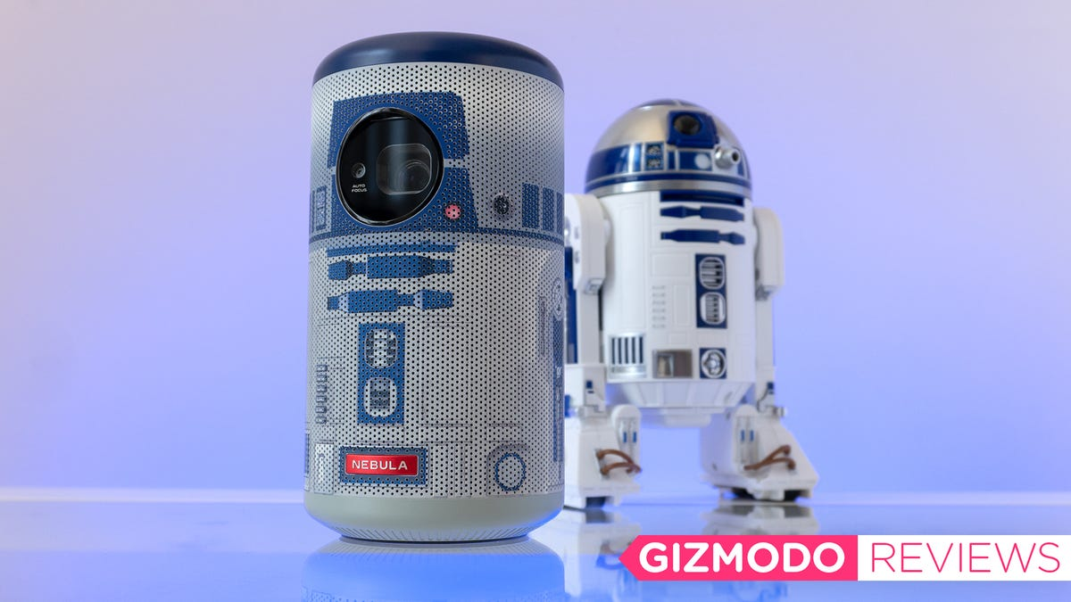 Anker's R2-D2 Mini Projector Is Adorable but Flawed