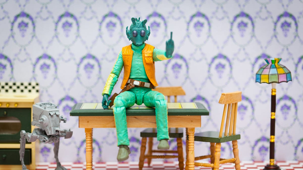"No, the guy who played Greedo doesn't know what ""Maclunkey"" means either"