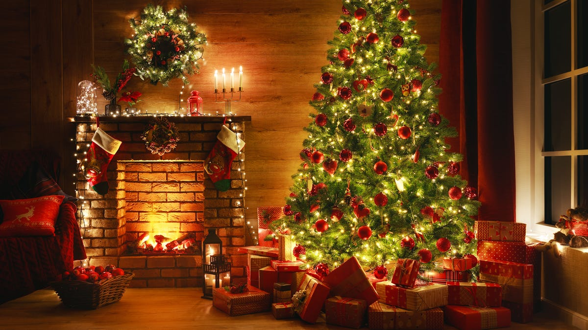 Add Christmas Ambience With These 8 Relaxing Videos