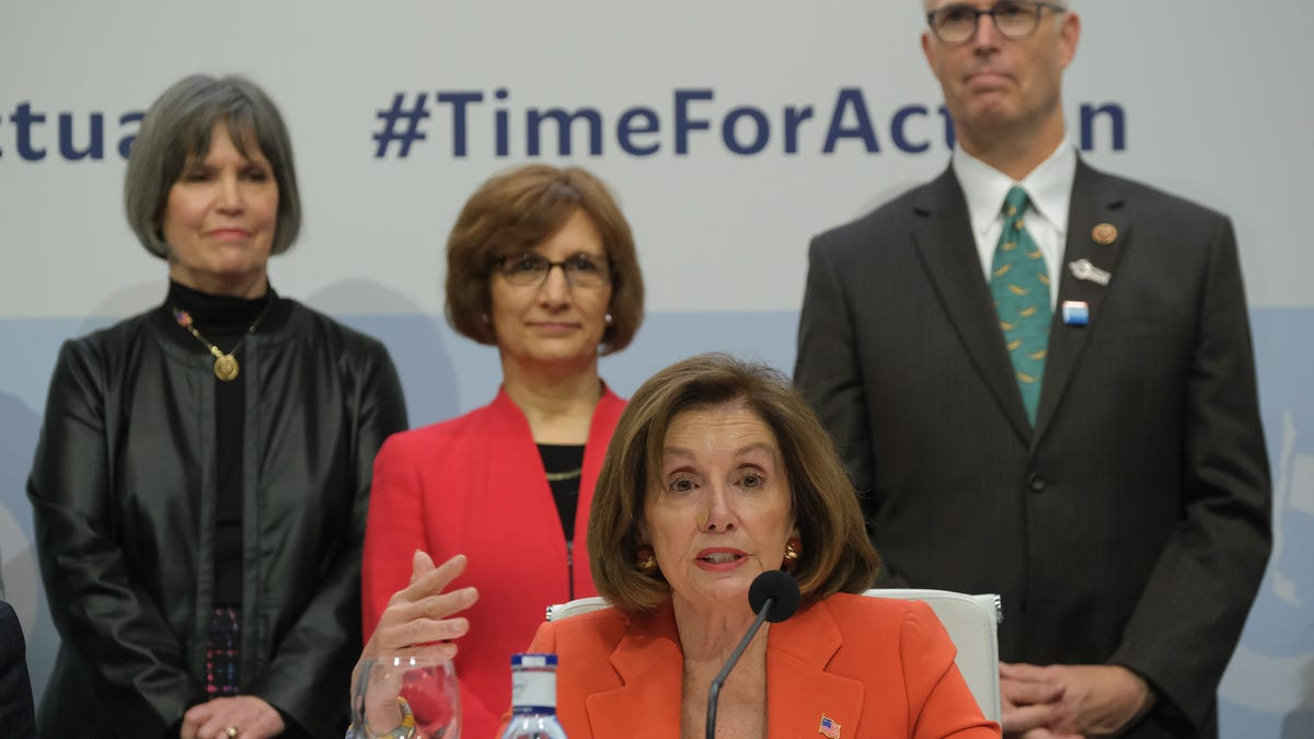 Congressional Democrats Arrive at Madrid Climate Talks, Announce They Still Don't Have a Climate Plan