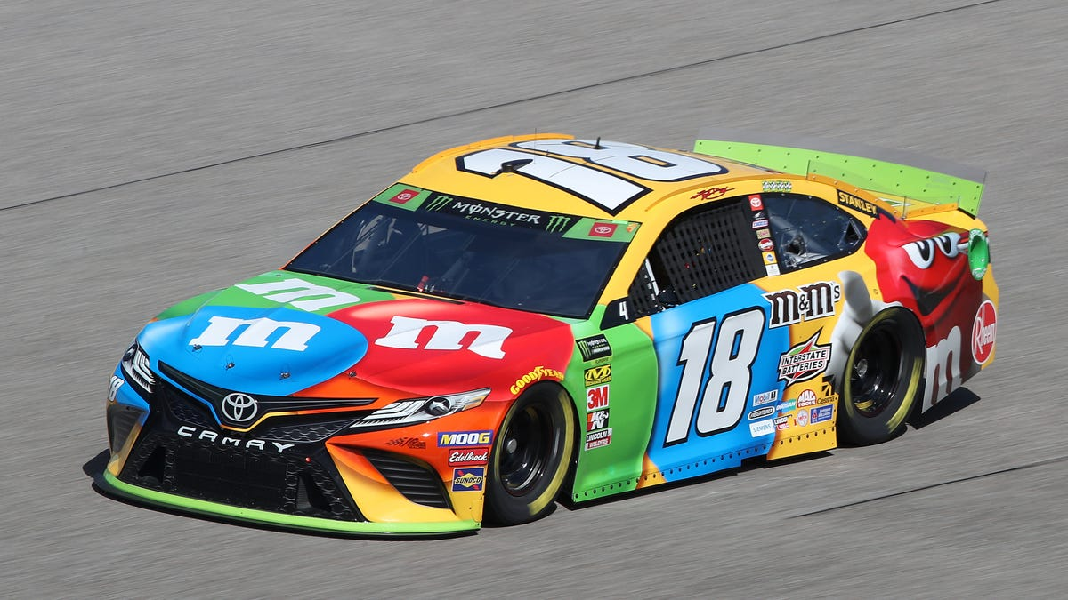 Kyle Busch Avoids Competitors' Setbacks To Take Home His Second NASCAR Cup Series Championship