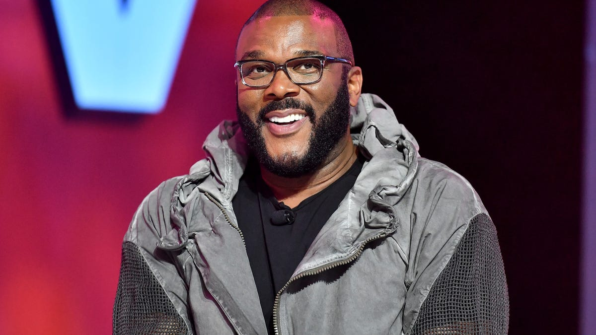 Tyler Perry Donates $100,000 to the Legal Defense Fund of Breonna Taylor's Boyfriend, Kenneth Walker