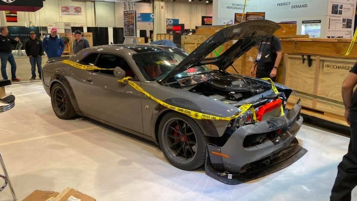 A Theft And A Crash Couldn't Keep This 1,000 HP Dodge Challenger From SEMA