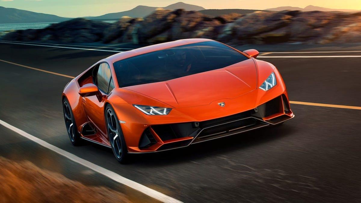 Compra un Lamborghini con los fondos para el coronavirus