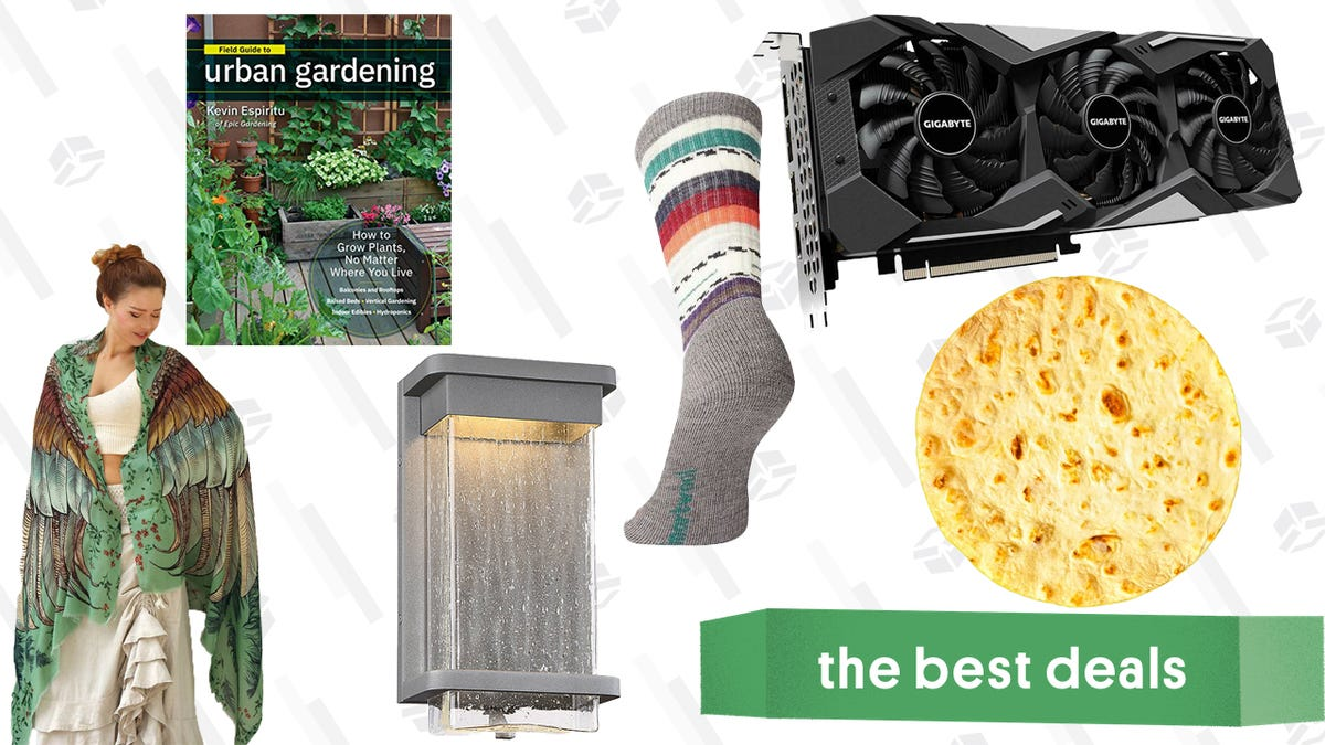 Saturday's Best Deals: Twitch Prime, Graphic Cards, Shawls, and More