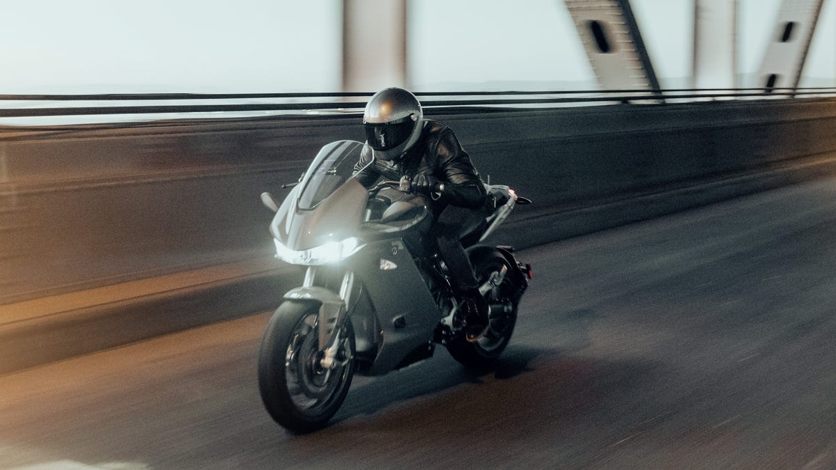 The Zero SR/S Is An Electric Sport Commuter Motorcycle With Up To 201 Miles Of Range, Starts At $19,995