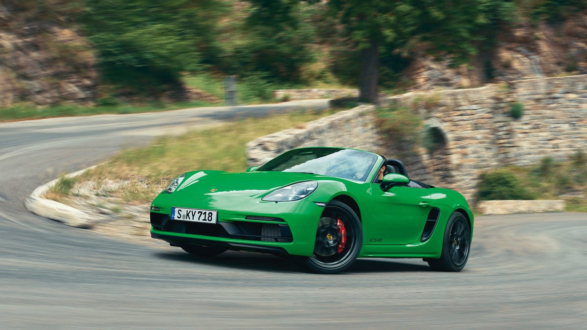 The 2021 Porsche 718 Boxster And Cayman GTS Will Pack An Optional 4-Liter Punch