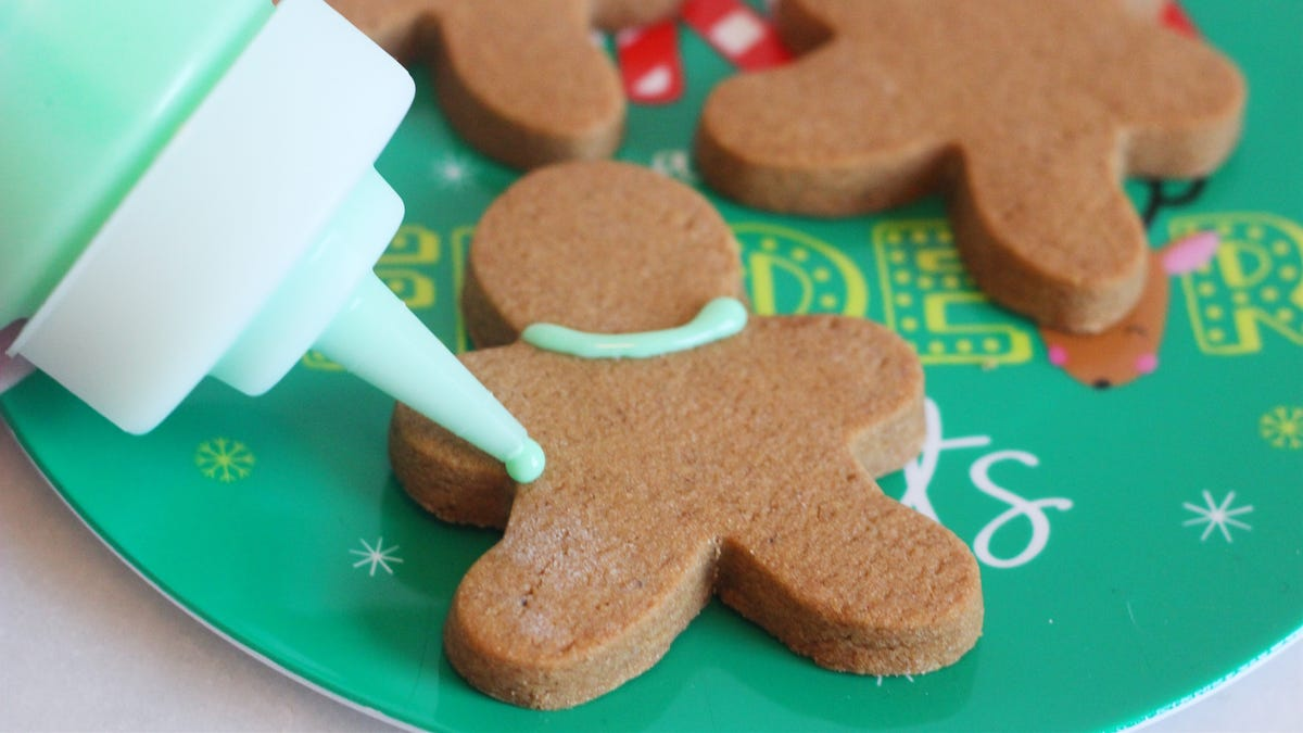 Put Royal Icing in Sauce Bottles for Easier Decorating