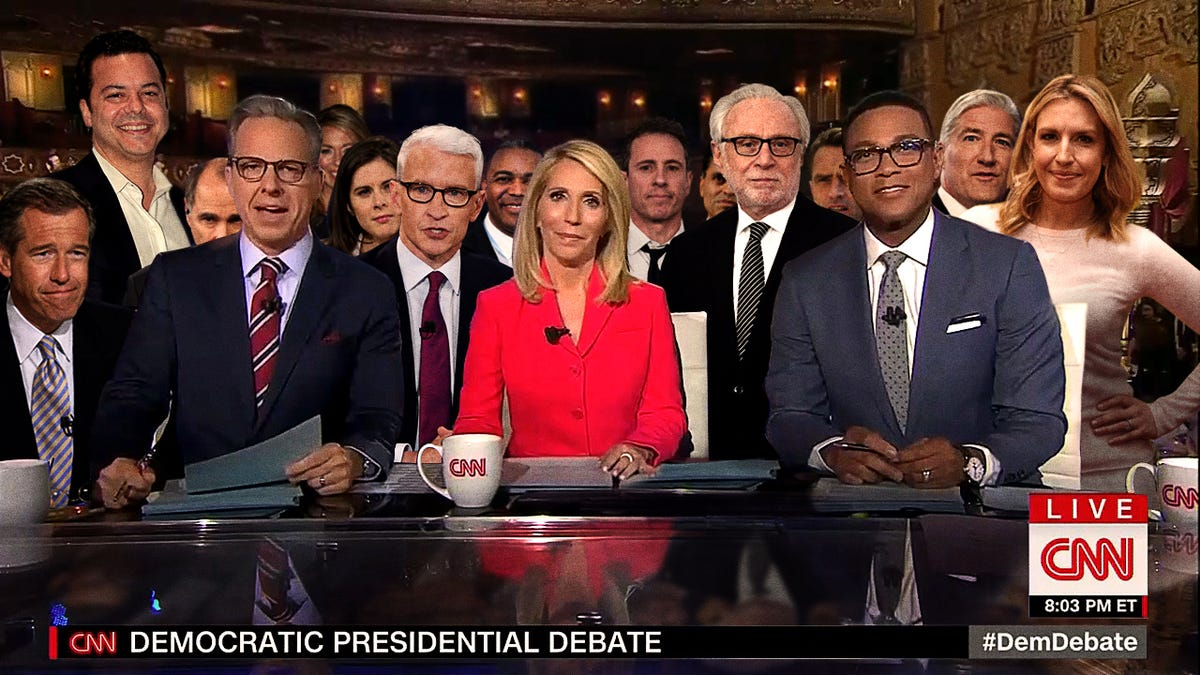 CNN Moderator Desk Crowded After 16 Pundits Qualify For Debate