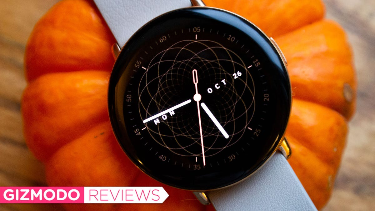 Zepp E Review: This Smartwatch Has a Baffling Price
