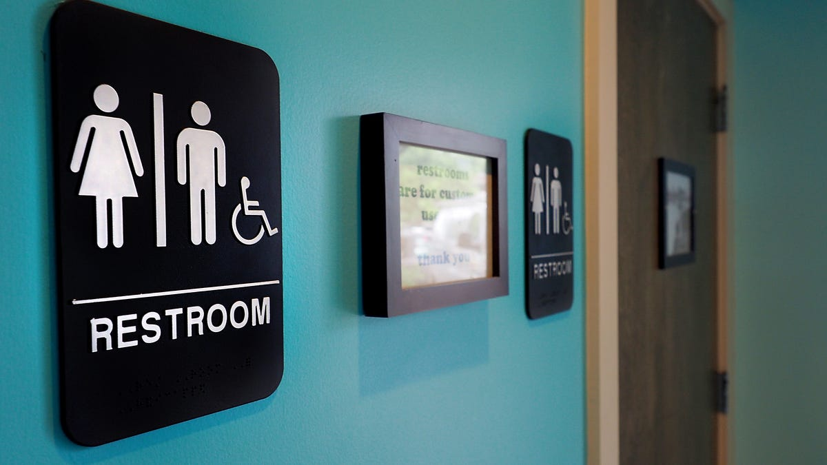 Certain People—Maybe Even You—Have Special Poop That Can Save Lives