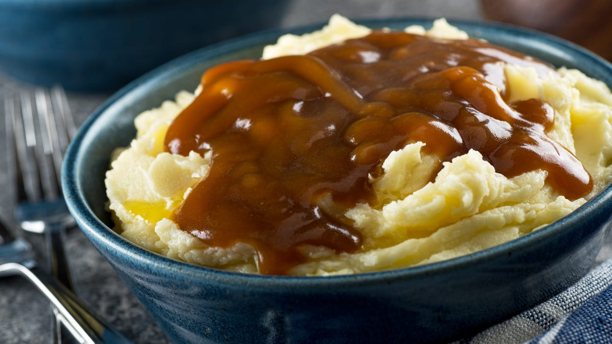 This Four-Ingredient Onion Gravy Makes Any Dish Cozier