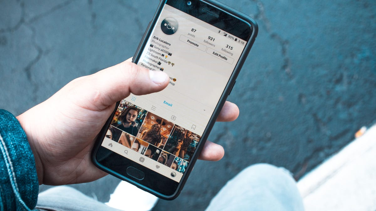 How to Hide Your Accidental Instagram 'Like'
