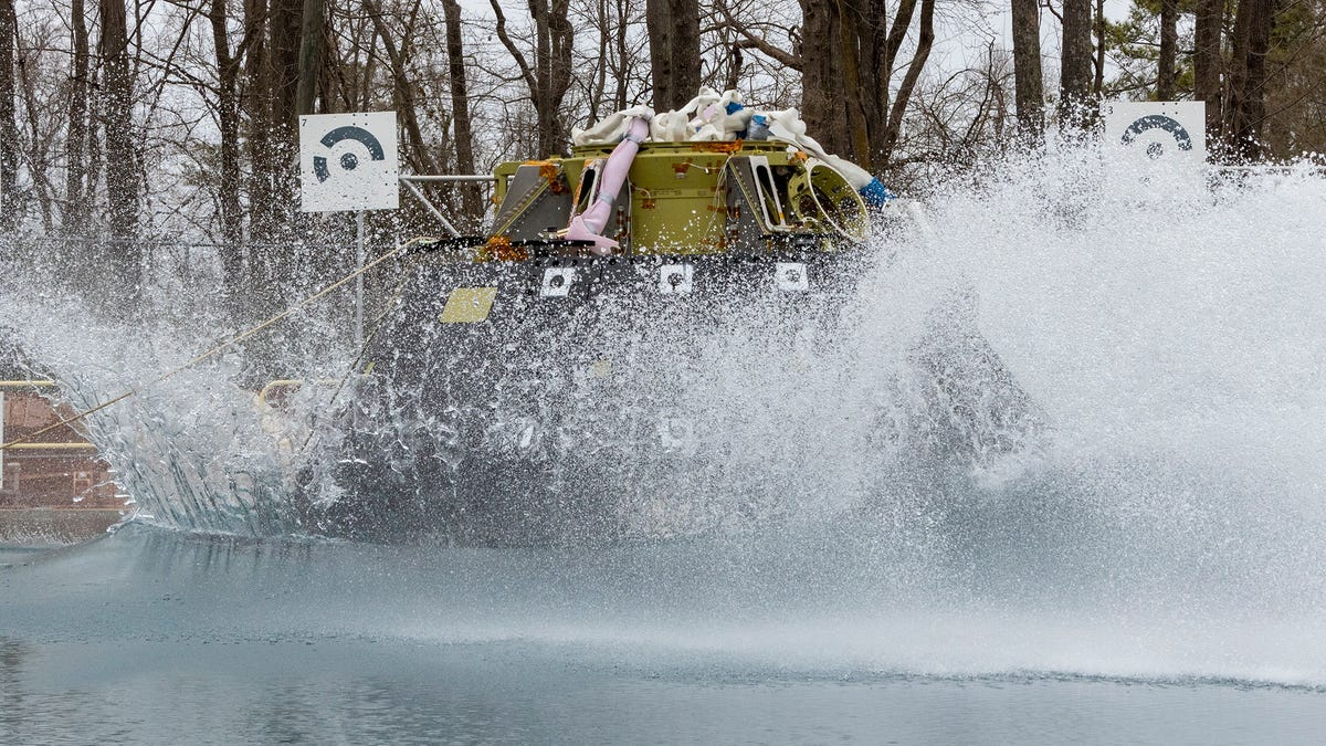 Watch Live: NASA Drops an Orion Spacecraft Into a Giant Pool
