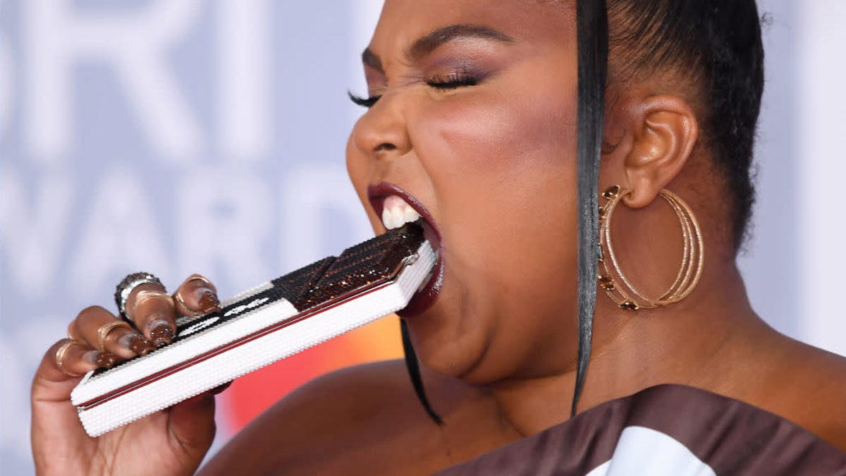 Lizzo's Hershey dress is good as hell