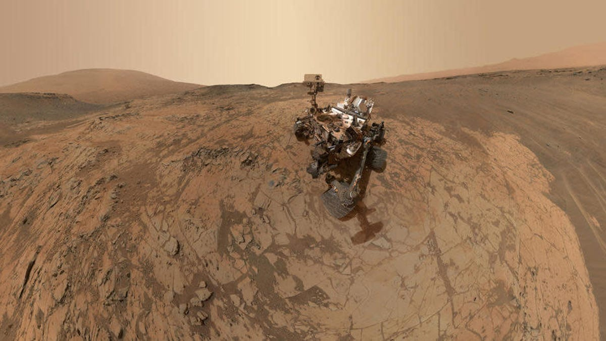 NASA's Curiosity Rover Celebrates 3,000 Days On Mars