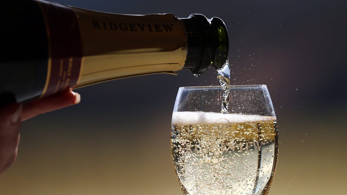 New U.S. Dietary Guidelines Ignore Scientists' Advice on Alcohol Limits