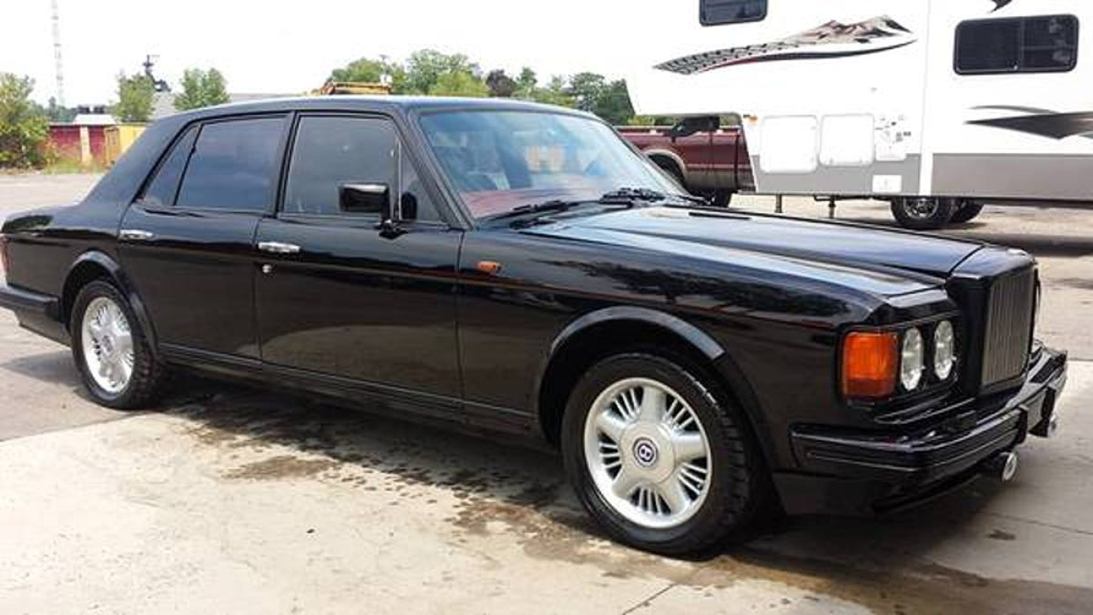 Bentley Turbo R >> For 29 900 This Custom 1988 Bentley Turbo R Is A Pony Packer