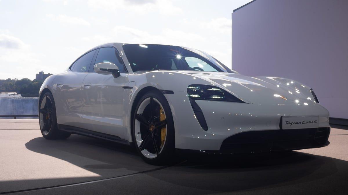 Porsche turbo s 2020
