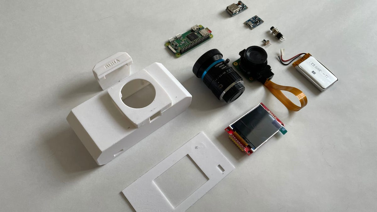 Go Full Retro-Photography Geek With This 3D-Printed, DIY Camera thumbnail