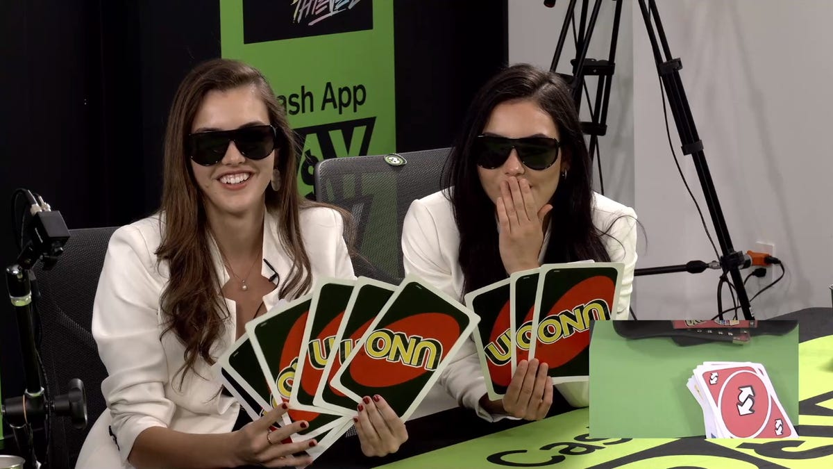 Fans Criticize Poor Timing Of In-Person Twitch Star Uno Tournament