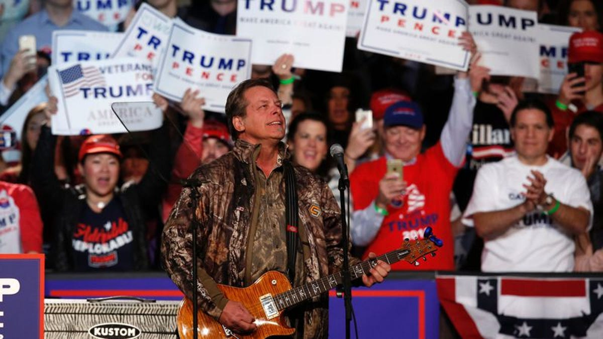 Ted Nugent and Kid Rock basically the only musicians willing to play Trump's inauguration