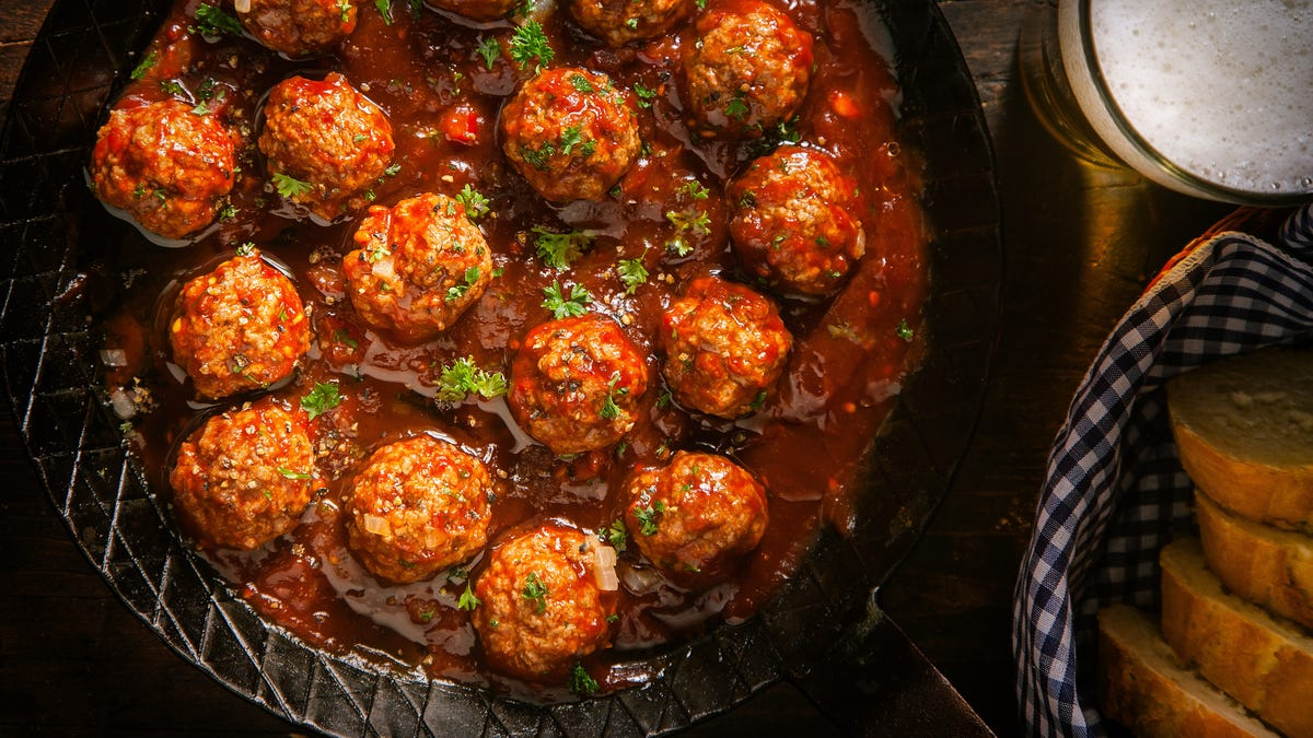 Use French Fried Onions Like Bread Crumbs for Better Meatballs