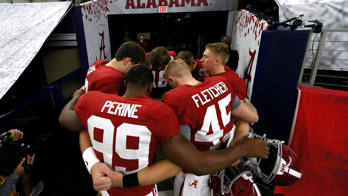 An Alabama win tonight could make them the greatest college football team ever