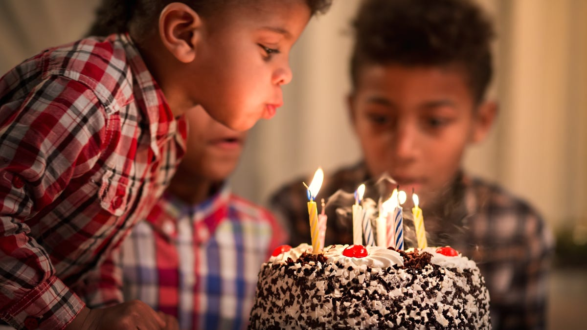 How to Host an Affordable Birthday Party When it's Cold Outside