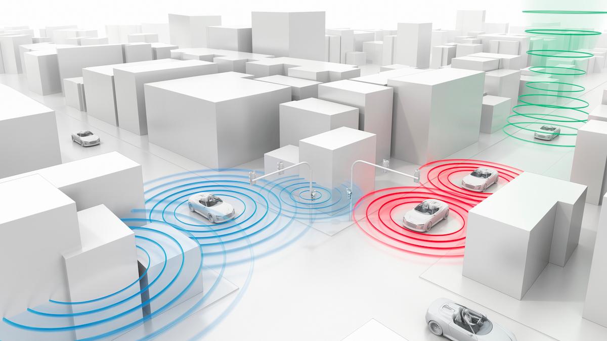 Audi's New Tech Tells You When Traffic Lights Will Go Green