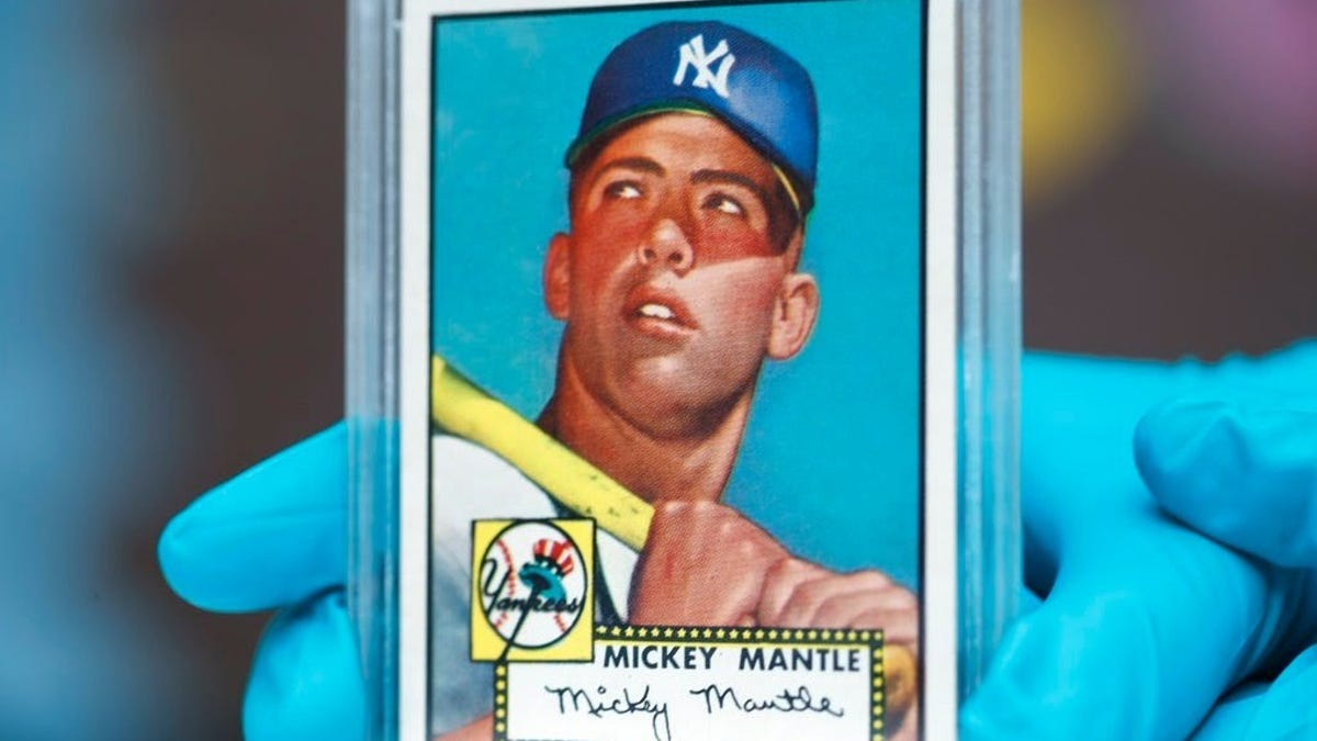 1952 Mantle Topps card sells for $5.2 million