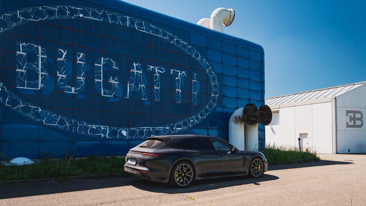 La legendaria fábrica abandonada de Bugatti, en imágenes