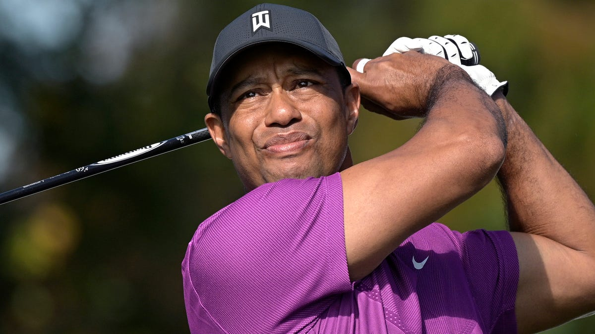 Tiger Woods is Responsive Following Surgery to Repair Injuries From Crash