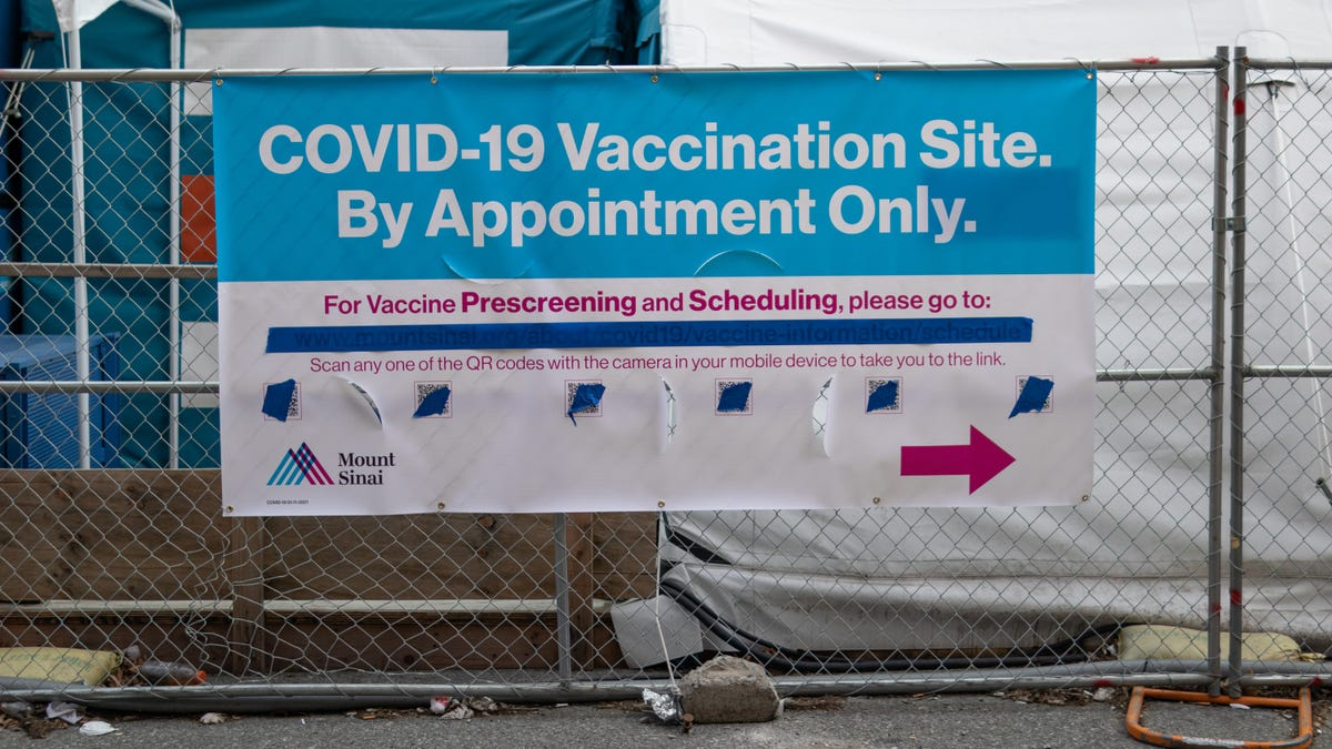 How to Improve Your Chances of Getting a COVID-19 Vaccine Appointment Online