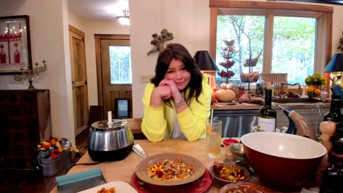 Turns Out CBS Won't Be Paying Rachael Ray Crew As Promised After All