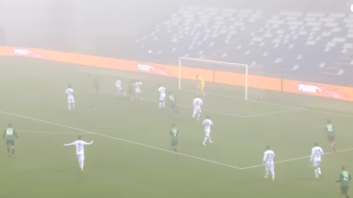 A footie version of the Fog Bowl