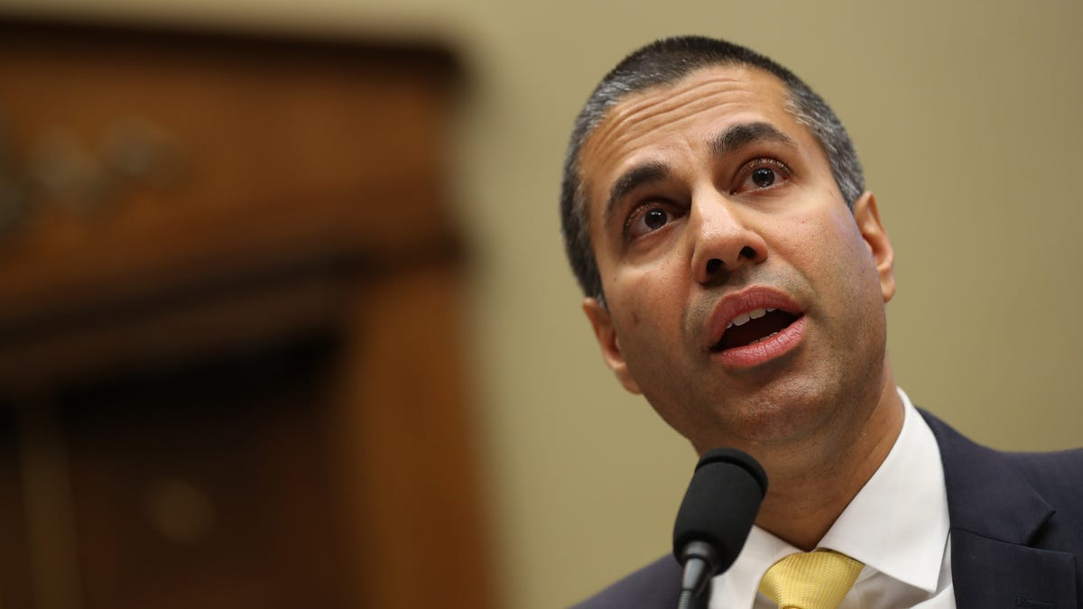FCC Says 'One or More' Phone Carriers Illegally Shared Location Data, Fueling Black Market Sales