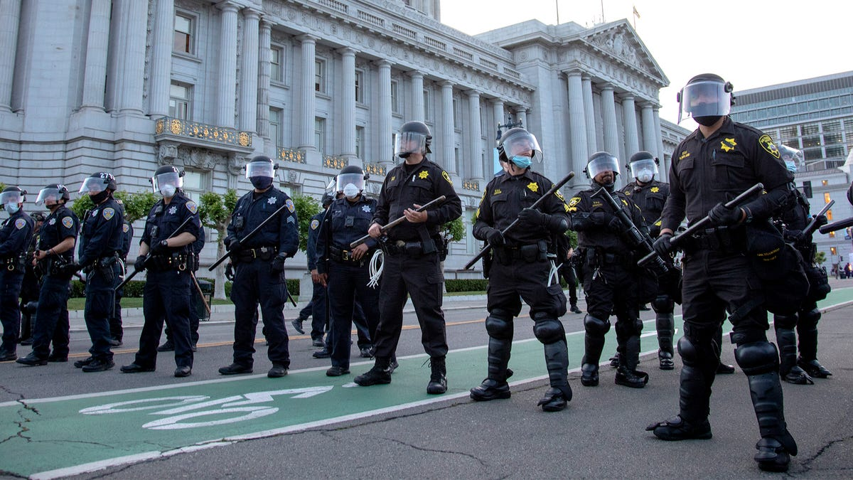 How To Reform The Police - the onion