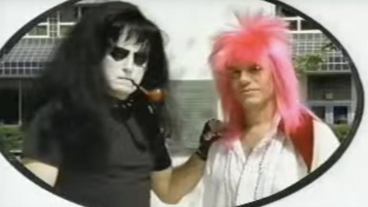 "Yo La Tengo and David Cross (barely) remember ""Sugarcube"" 20 years later"