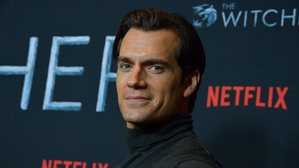 Henry Cavill's Superman won't be hanging out in Shazam 2