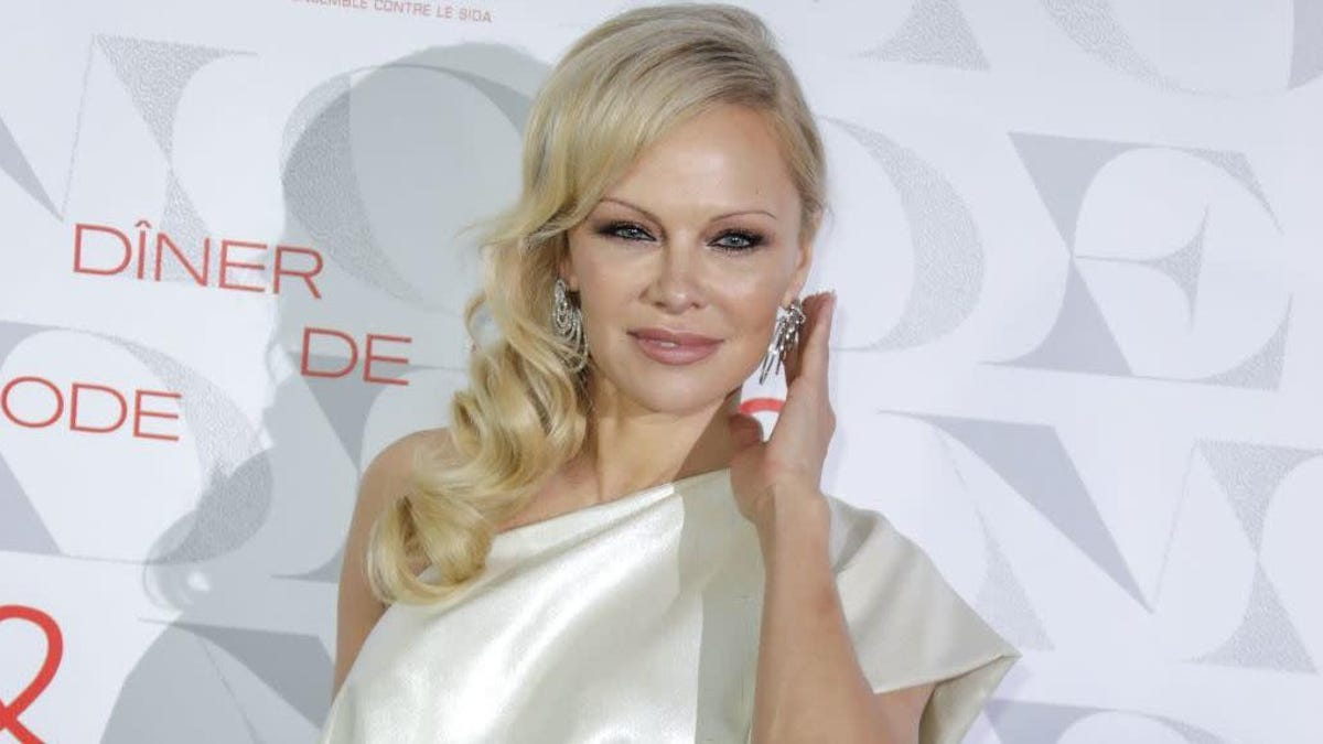 Pamela Anderson Doesn't Need Money, She's a Landlord!