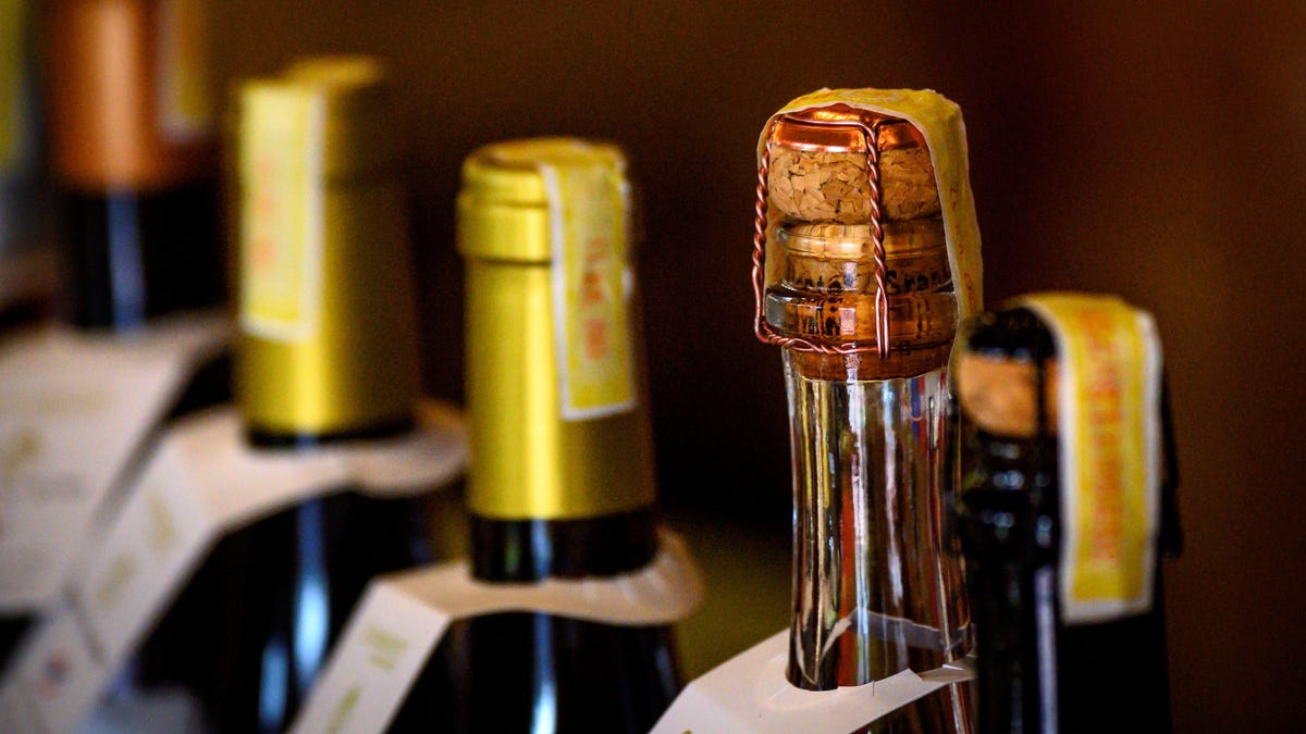 Health Experts Say Alcohol Limit for Men Should Be One Drink a Day