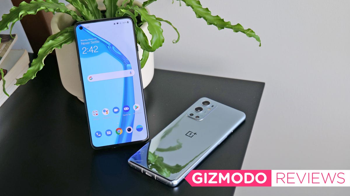 The OnePlus 9 and 9 Pro Prove OnePlus Is Becoming a Real Samsung Rival