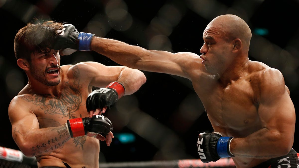 UFC eyes psychedelics as therapy for fighters' brain injuries