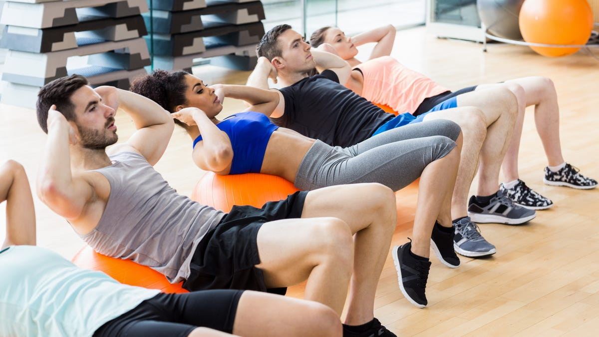Get a Group Fitness Experience on Your Own With These Apps