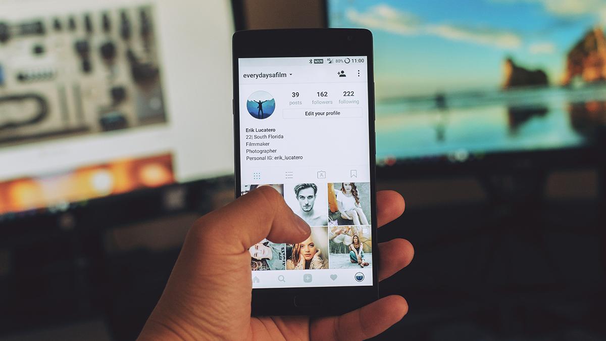 Làm thế nào để làm cho phương tiện truyền thông xã hội của bạn cung cấp nhiều hơn chỉ là bạn bè nhàm chán của bạn